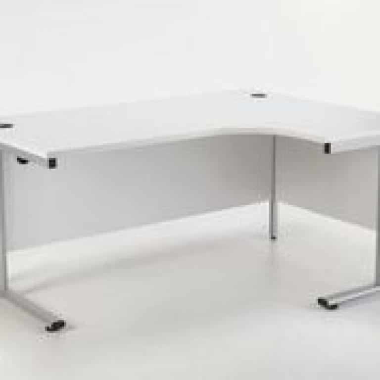 White 1800 mm Right Hand Ergonomic Corner Desk